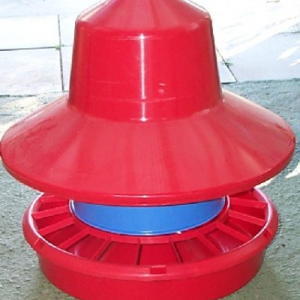 Outdoor Plastic Poultry Feeder