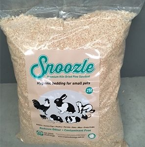 Bag of Snoozle pine shavings. 25L Bag